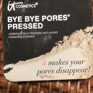 It cosmetics bye-bye pores pressed